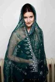 Pakistani Nasira escorts in Birmingham