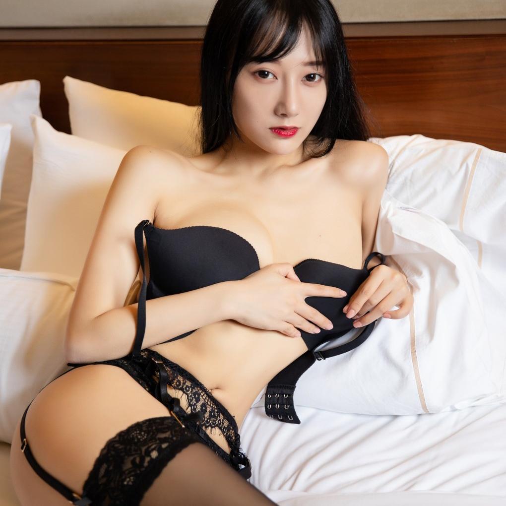 Incall outcall hong kong escort carla, busty independent girl, yau tsim mong