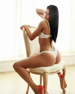 Ruby only for your good Time  Luton Romanian Female escort, Arrange Meeting