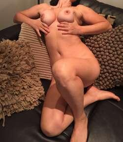 THAIS Cheltenham Italian Female escort, Available Today