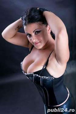 CANDY Wolverhampton Italian Female escort, Available Today