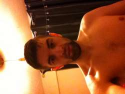 James from Coleshill English - Male Escort