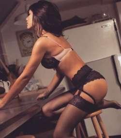 ELLA Norwich Romanian Female escort, Available Today