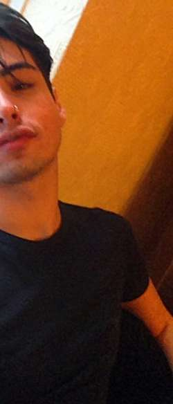 Leo Cutte Teen from Bristol Brazilian - Male Escort