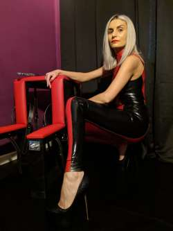 Christina Mistress - West Midlands