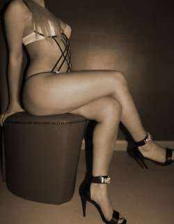 DanielleNottingham Nottingham English Female escort, Available Today