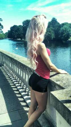 ryana Leicester Romanian Female escort, Available Today